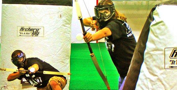 Hodina archery game v zábavním centru Hornik