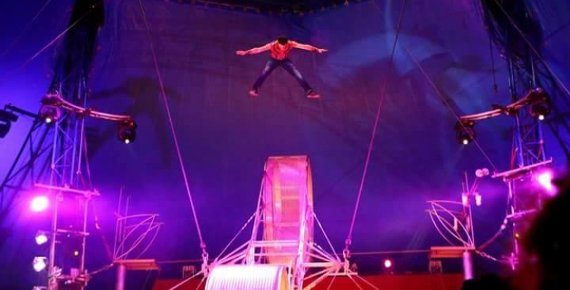 2 lístky do Cirkusu Sultán v Ostravě 16.5. - 3.6.2018