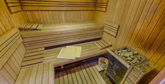 Noc pro 2 osoby se snídaní v zámeckém hotelu Zlatý Orel Ostravice v Beskydech