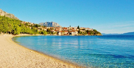 8 dní v Chorvatsku pro dva s polopenzí v klidné části letoviska Podaca