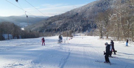 Celodenní skipas do ski areálu Brněnka v Jeseníkách