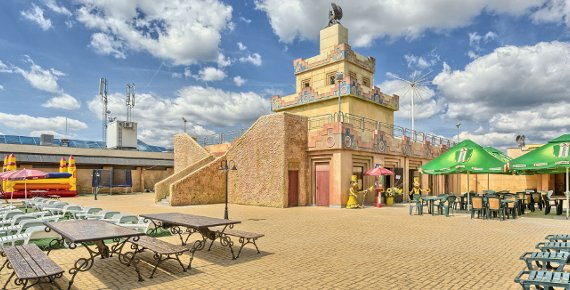 Víkend pro DVA ve WELLNESS HOTELU BABYLON se vstupy do AQUAparku, LUNAparku, IQ parku, iQlandie