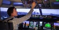 Zažijte let jako v opravdové pilotní kabině Boeingu 737MAX