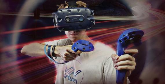 Hodina hraní ve virtuální realitě v Brně